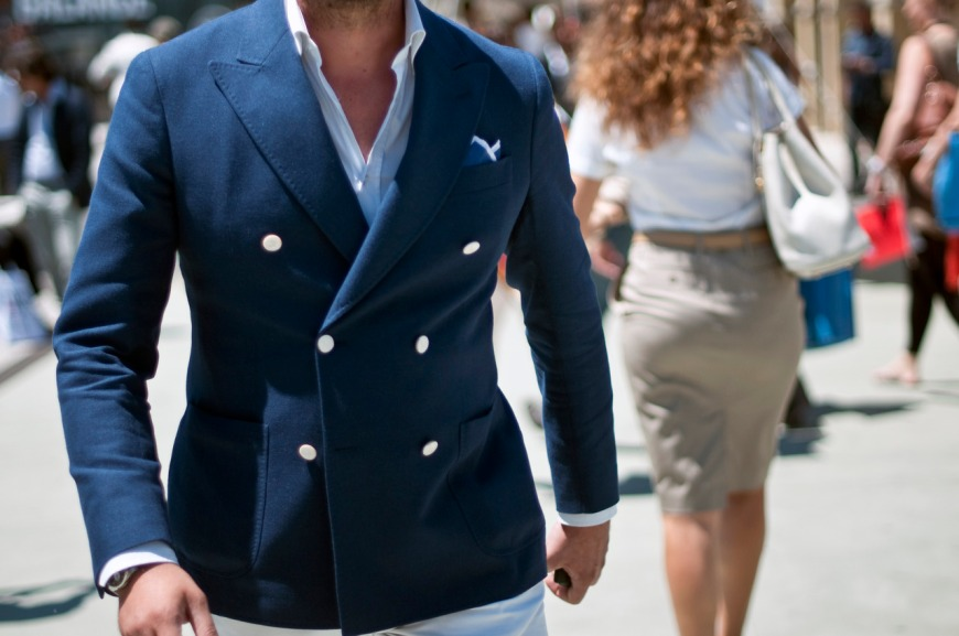 Perfect-double-breasted-navy-jacket-preppy-style