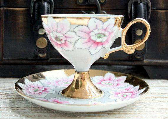 Antique 1940s-1950's Lustreware Pink and Gold Japanese Tea Set