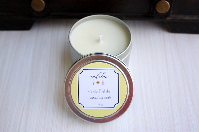 Vanilla Delight Natural Soy Candle // 4 oz Tin Candle // Scented Candle