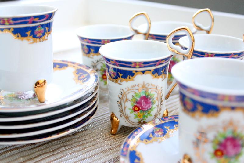 Tiger Yedi Inc Set Of 12 Demitasse Cups And Saucers Made In Japan / Tea Set / Demitasse Set / Coffee Set