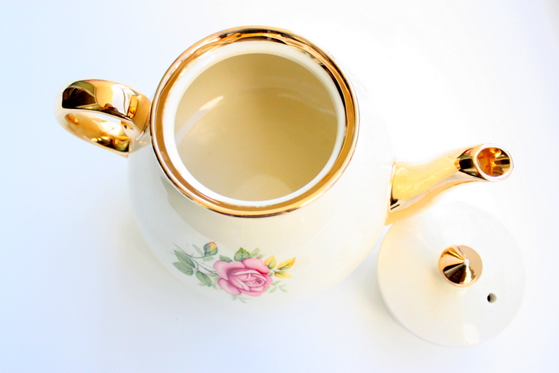 Vintage English Teapot With Gold Rim And Pink And Yellow Roses / Gold Lustreware Teapot / Gold Teapot / Tea Party / Wedding Gift